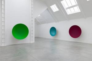 Anish Kapoor sculptures at the Lisson Gallery exhibition  Image from http://onestoparts.com/files/1097-2839-anish_kapoor__installation_view__lisson_gallery__london_2012__courtesy_of_the__artist_and__lisson_gallery.jpg