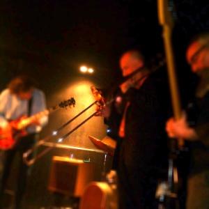 Horseless Headmen performing