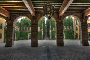 entrance to Giardino Giusti