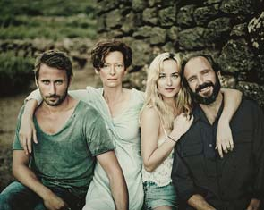 image from http://www.labiennale.org/en/cinema/72nd-festival/line-up/off-sel/venezia72/a-bigger-splash.html